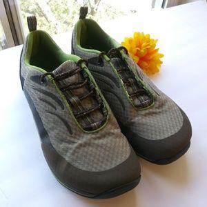 Women's L.L. Bean Tennis Shoes Green/Gray Sz 11